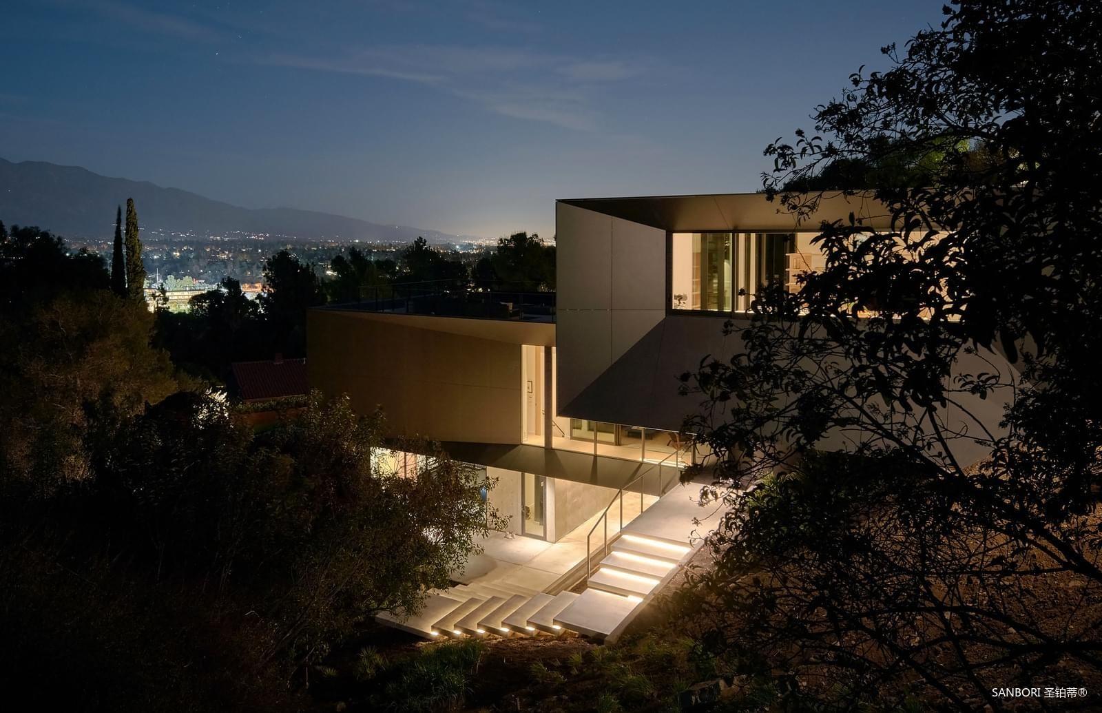 Montalba-Architects1-13.jpg
