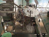 液体蚊香灌装旋盖一体机