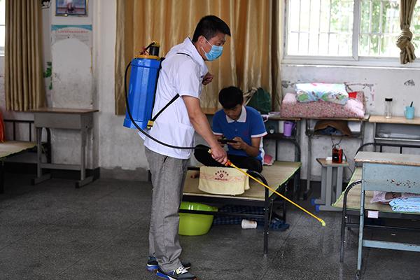 预防汛期传染病 应注意生活卫生和安全防护