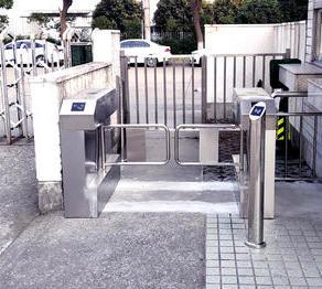 浦东新区保税区富特北路468号