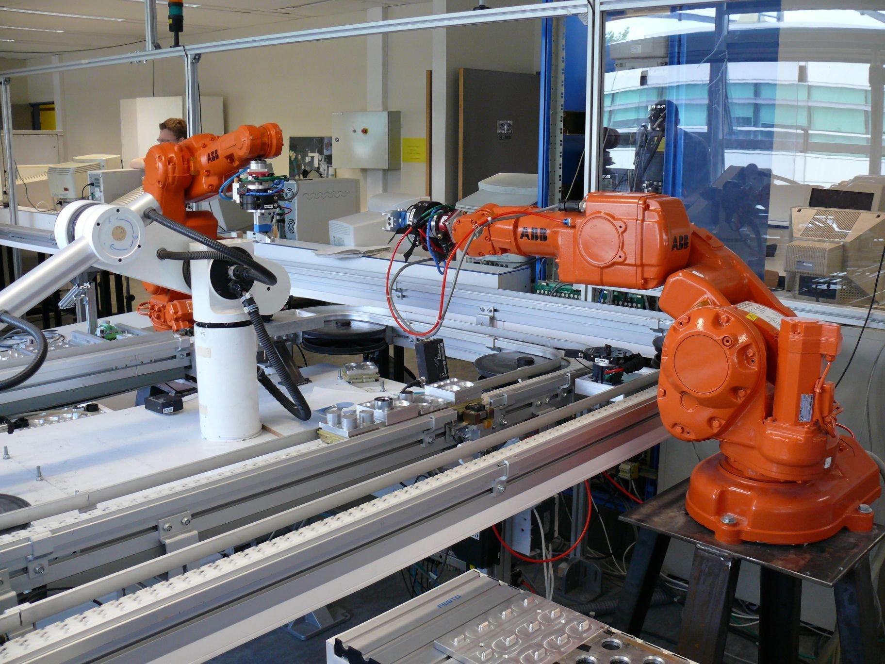 机器人 8.jpg