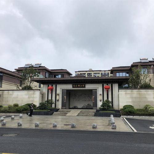 黃山高速丨橫江府 橫江公園旁 山水合院 176.73平