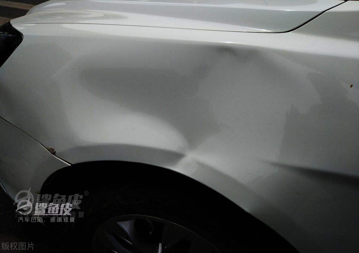 上海汽车凹陷修复价格汽车无痕修复实体店
