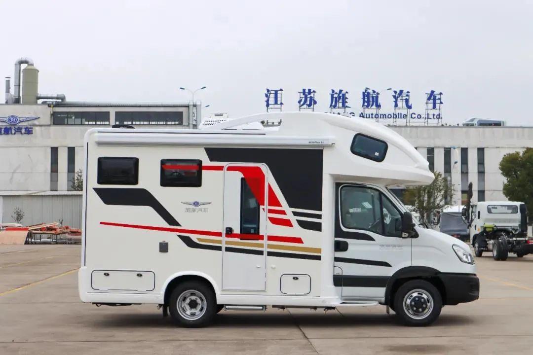 4.8南京房车展:大额头+后置子母床,旌航房车2021新天歌系列——TG-I火热来袭
