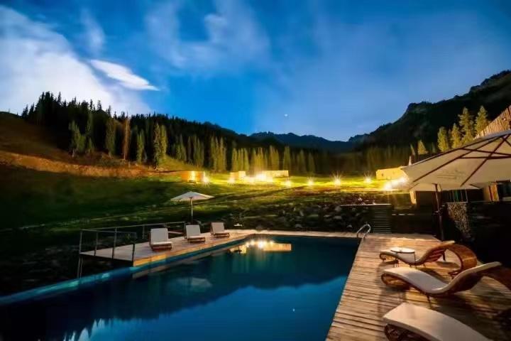 新疆最美营地 | 驰骋国境西陲美地,探索顶级野奢魅力