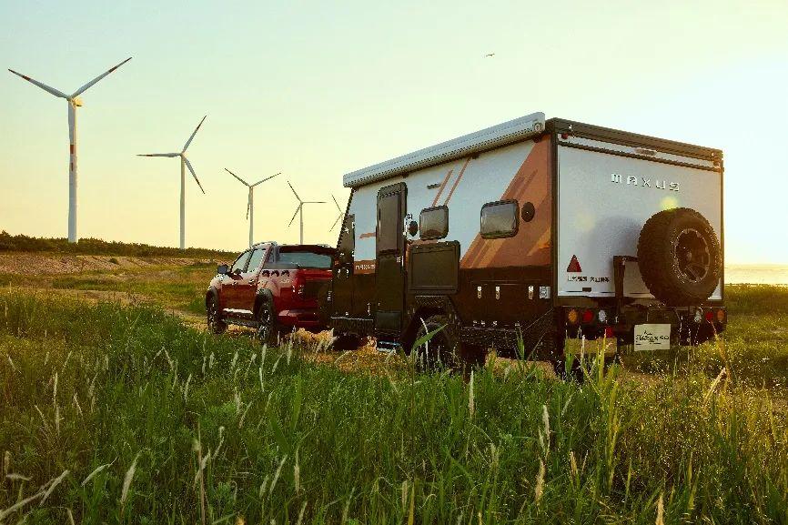上汽大通MAXUS原厂房车家族再扩容——探索家X30&X50全地形拖挂房车,震撼上市!