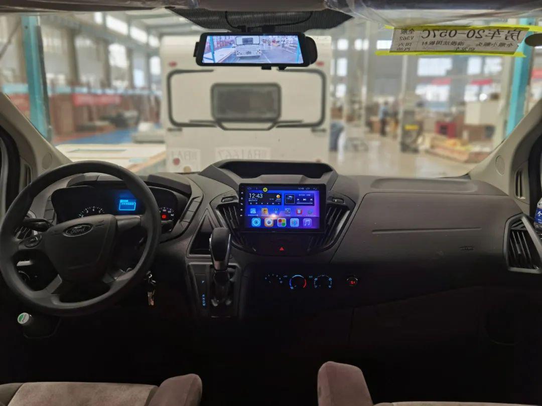 9.24上海房车展:卓越X1新车上市!C型升顶国内少见,带小二楼床铺超大!一家四口的性价比之选!