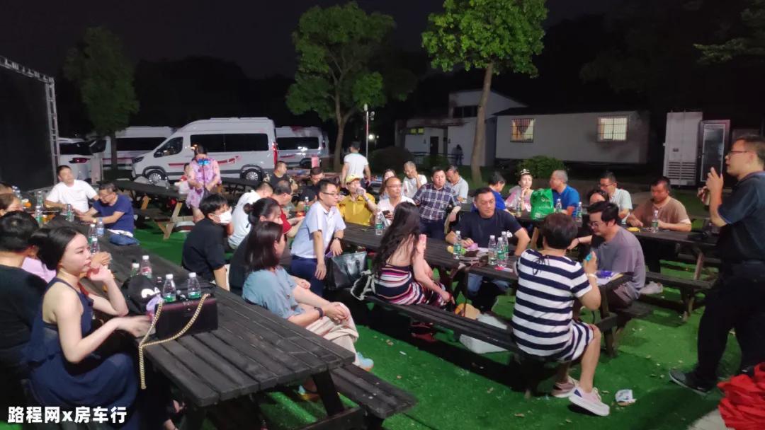 8月28-30日:第二届上海房车购车节来了,百款现车金秋大促!