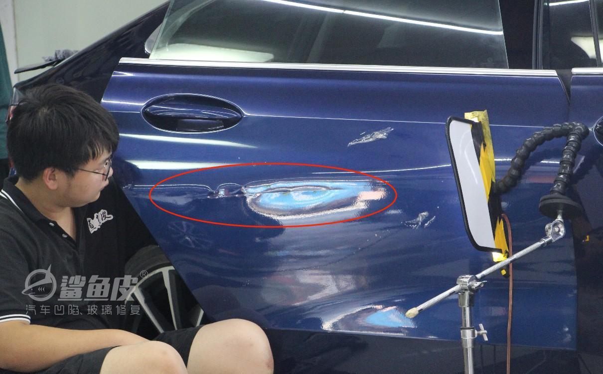 车门凹陷修复需要拆门吗,不拆门可以怎样修复凹陷?