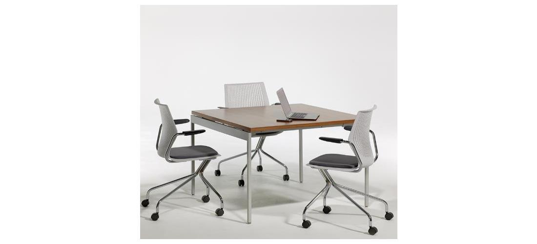 Antenna® Table - Square (2).jpg