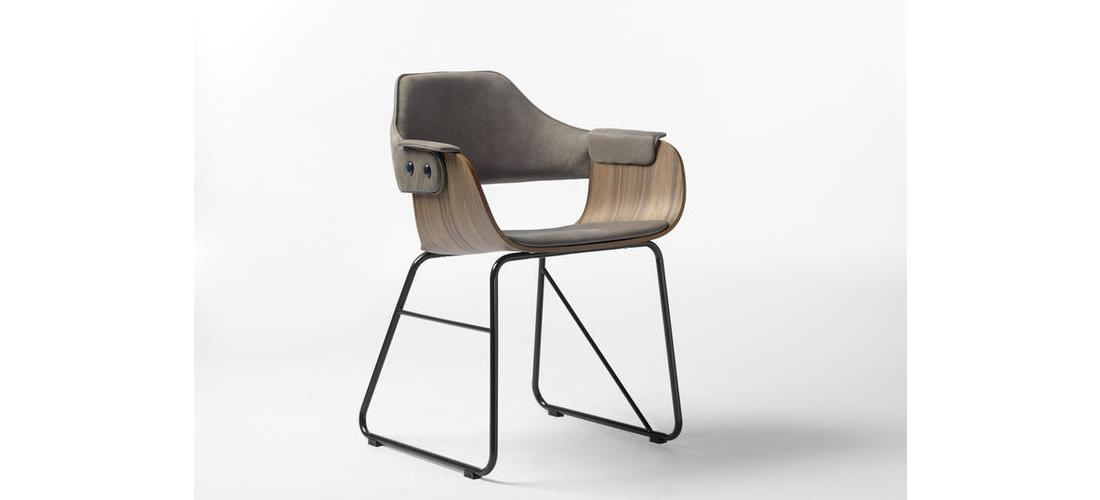 SHOWTIME CHAIR - SLED BASE (1).jpg