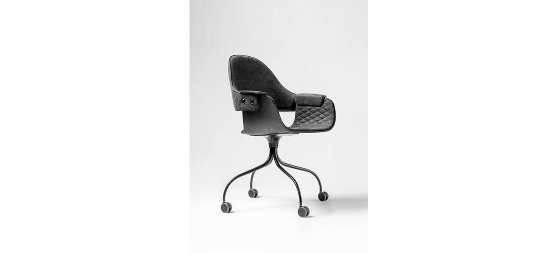 SHOWTIME & NUDE CHAIR - SWIVEL BASE WITH WHEELS (1).jpg