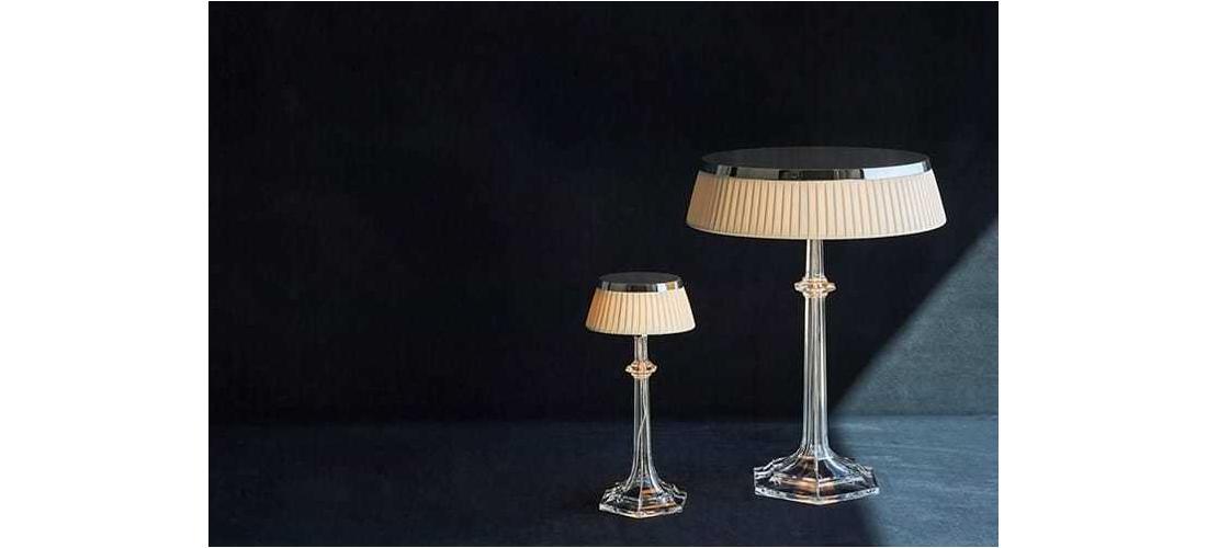 bon-jour-versailles-small-table-starck-flos-F10420-product-life-03-720x498.jpg