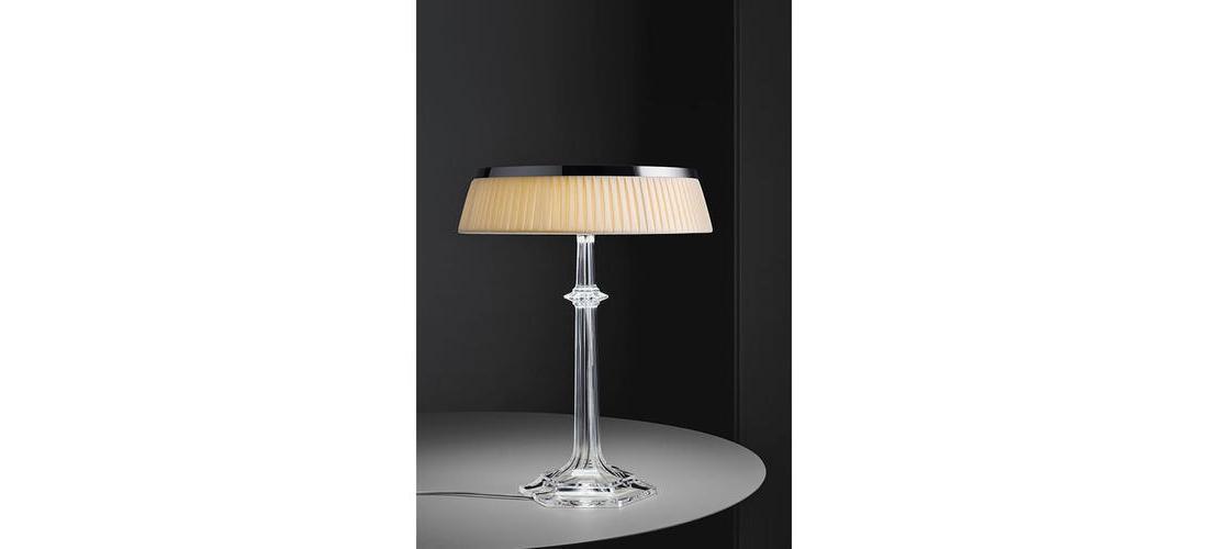 bon-jour-versailles-table-starck-flos-F10410-product-life-02-571x835.jpg