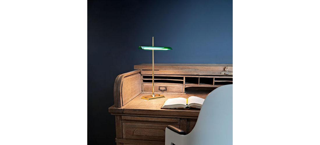 goldman-table-gilad-flos-F34400-product-life-02-571x835.jpg