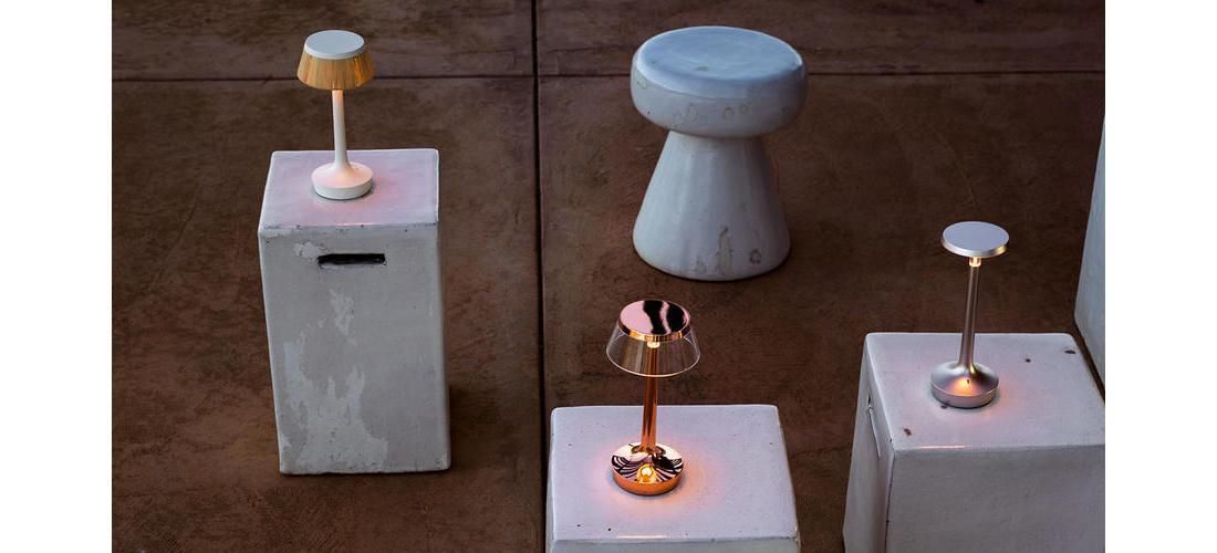 bon-jour-unplugged-table-starck-flos-F10370-product-life-01-1440x802.jpg