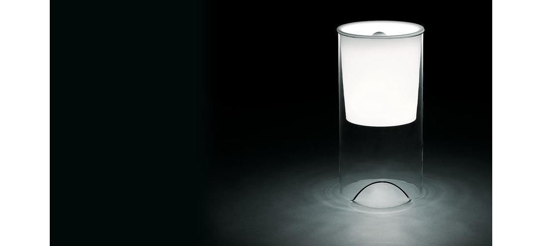 aoy-table-castiglioni-flos-F0200071-product-life-01-1440x802.jpg