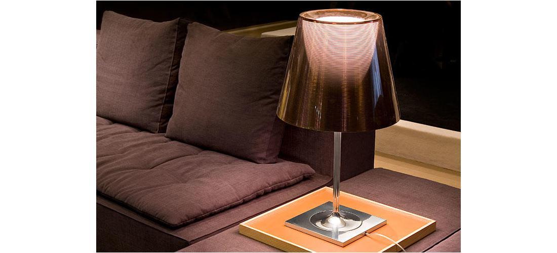 ktribe-table-2-starck-flos-F63030-product-life-03-720x498.jpg