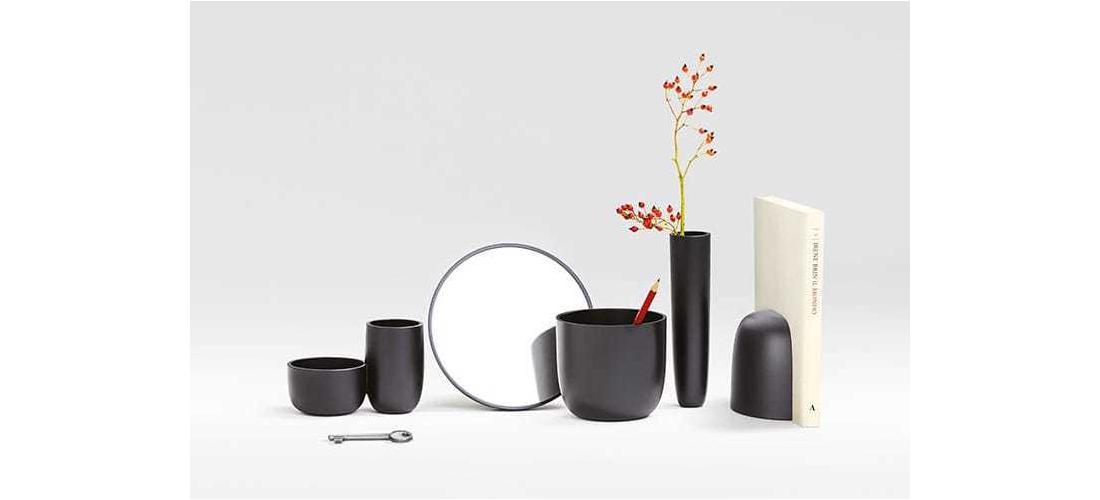 gaku-wireless-table-nendo-flos-F2520030-product-life-03-720x498.jpg