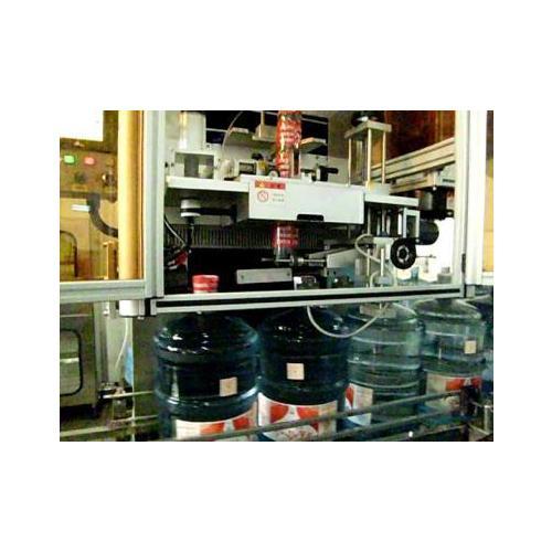 圆瓶套标收缩机 不规则瓶型套标收缩机 全自动套标机