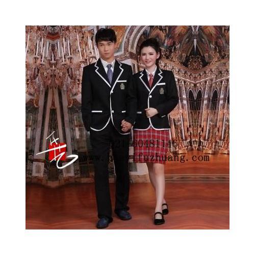 国外服装001.jpg