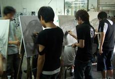 画室学生作画.jpg