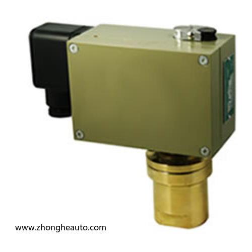 D520/7DDZ双触点差压控制器