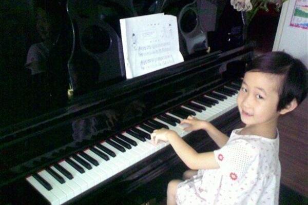 学钢琴能培养小孩哪些能力?