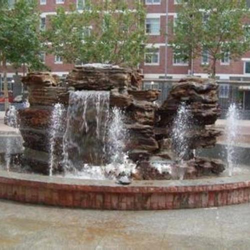 公园假山喷泉