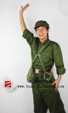 军队服装370