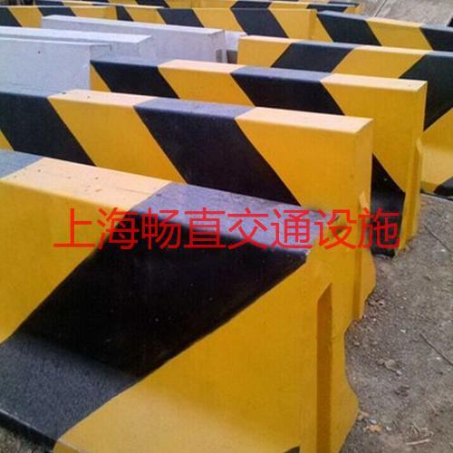 上海水泥防撞隔离墩 水泥制品隔离墩 水泥隔离桩 水泥分道隔离墩