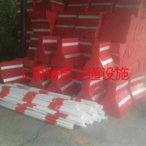 上海道路防撞隔离墩 高强塑料隔离墩 隔离墩厂家 隔离墩价格