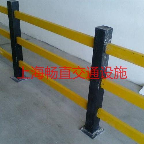 上海仓储中心柱防撞杆 仓储防撞护栏 仓储防撞柱 仓储围栏