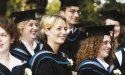 英国留学申请的两大要求