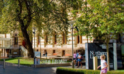 2014澳大利亚留学简化签证放宽就业