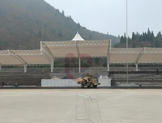 (奥鼎)-贵州凯里恒成教育高级中学2010平方