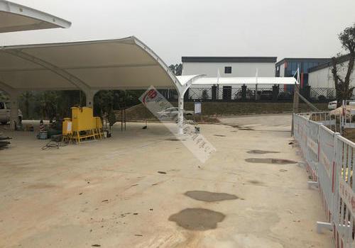 深圳观澜高速二十冶项目部车棚膜结构工程
