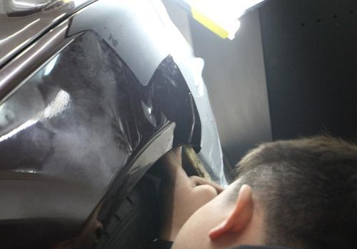 捷豹xfl铝合金叶子板凹陷无损修复案例