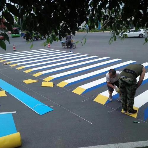 上海的厂区划线有哪些 停车位划线多少钱一个 热熔标线多少钱一米
