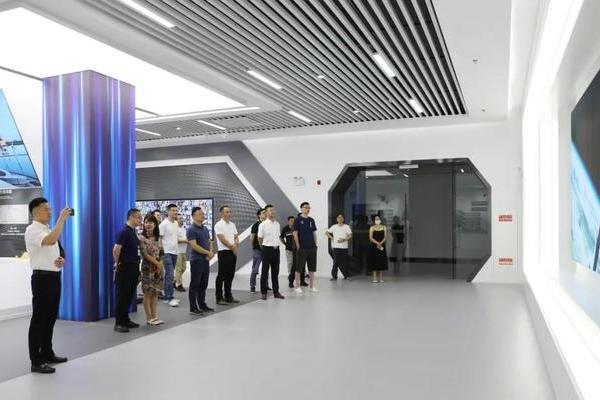 """探索""""新材料**"""",走进江苏集萃碳纤维研究院!"""