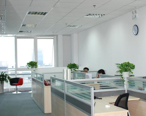办公环境.png