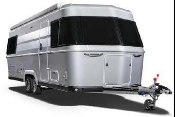 """移动""""豪宅"""",Eriba Touring 820经典豪华版拖挂房车来了!"""