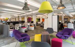 办公室设计采用潮流的配色方案,提高员工的幸福指数!