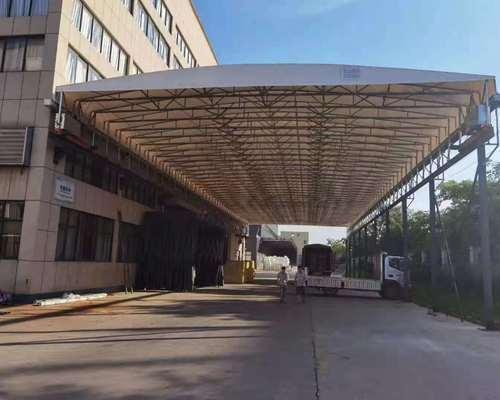 工廠過道收縮雨棚