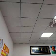 東莞廠房石膏板天面裝修工程施工承包