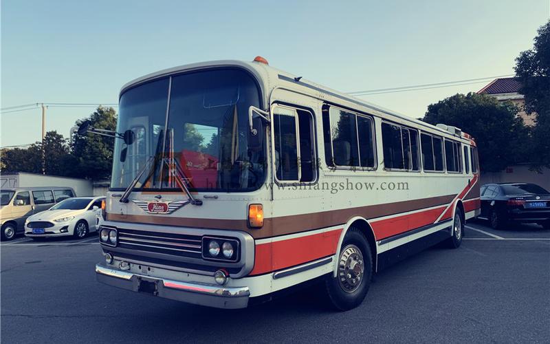 老爷车出租-60年代日野客车