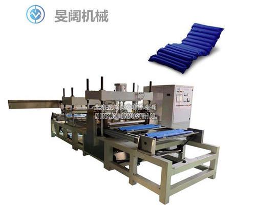 自动拉料式防褥疮气垫高频焊接机