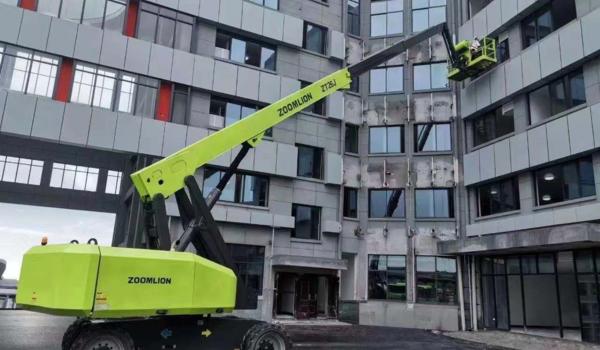 高空作业车外墙施工
