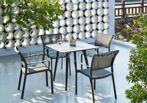 J22-100(巴特铝网布椅+铝架甜筒脚方桌 )